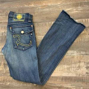 😊2/25 Rock & Republic Jeans in great condition
